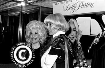 Dolly Parton & Carol Channing, Aug.1977